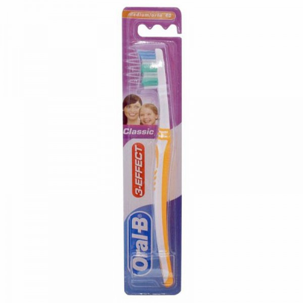 Oral-B 2*Classic 3Eff 40Med+1Free - 3Pc 201241-V002 by Oral-B