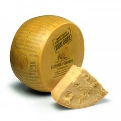 Ferrarini Parmegiano Regiano / Parmesan Cheese 381539-V001 by Ferrarini