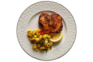 Mango Salsa with grilled Chicken