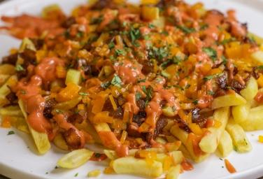 Animal Style Chili Fries